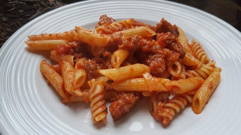 Pasta al ragù: ricetta e perché è vietato dissociarla o rinunciarvi