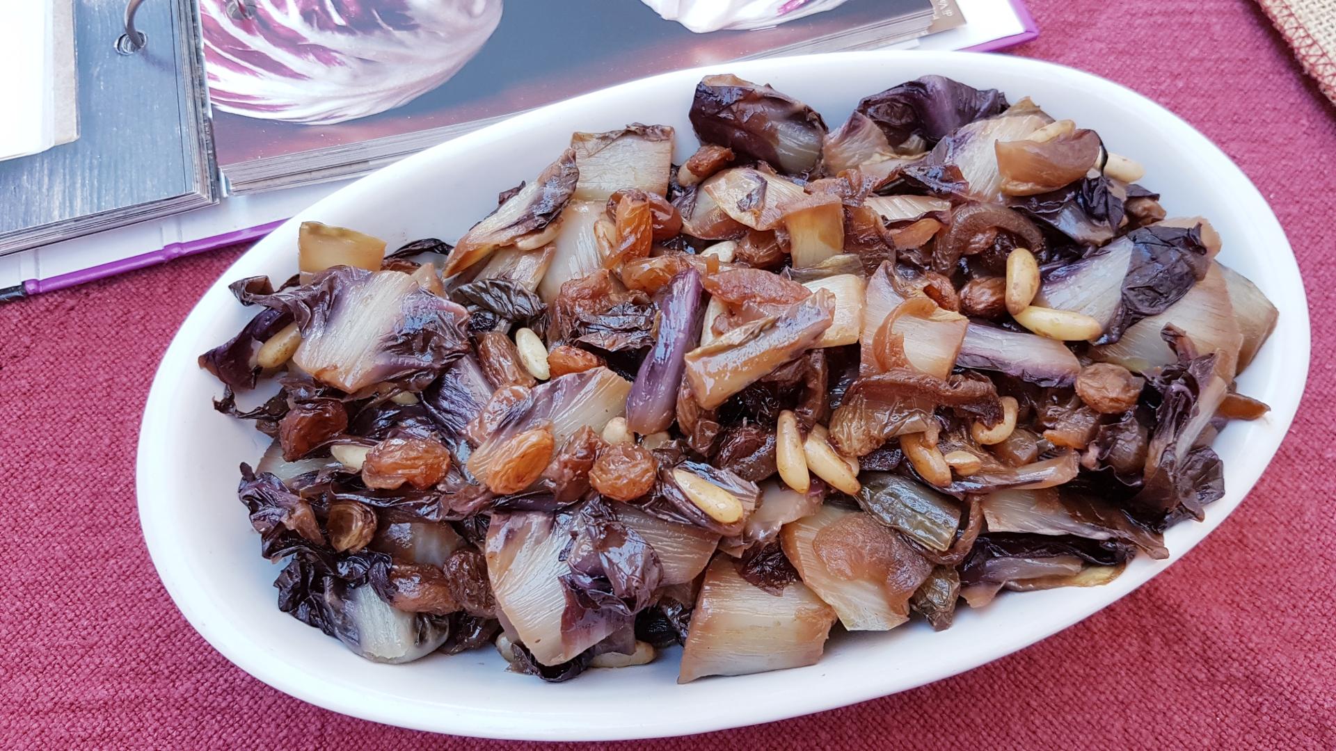 Saor e pinoli per il radicchio: comprare e trattare bene per mangiare bene